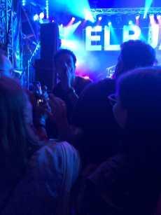 Jamie Cullum in der Menge - Der obligatorische Gang zum Publikum