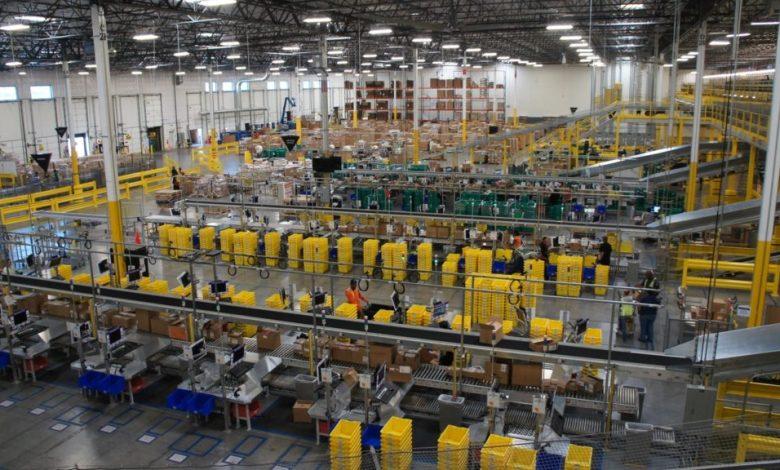 Photo of Amazon usa IA para despedir automaticamente trabalhadores com baixa produtividade