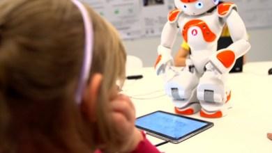 Robôs humanoides ensinam técnicas de enfrentamento para crianças com autismo 5