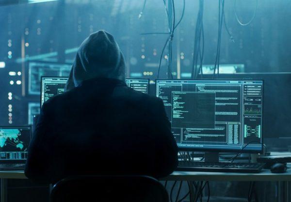 hacker usando Ferramentas de hackers da NSA