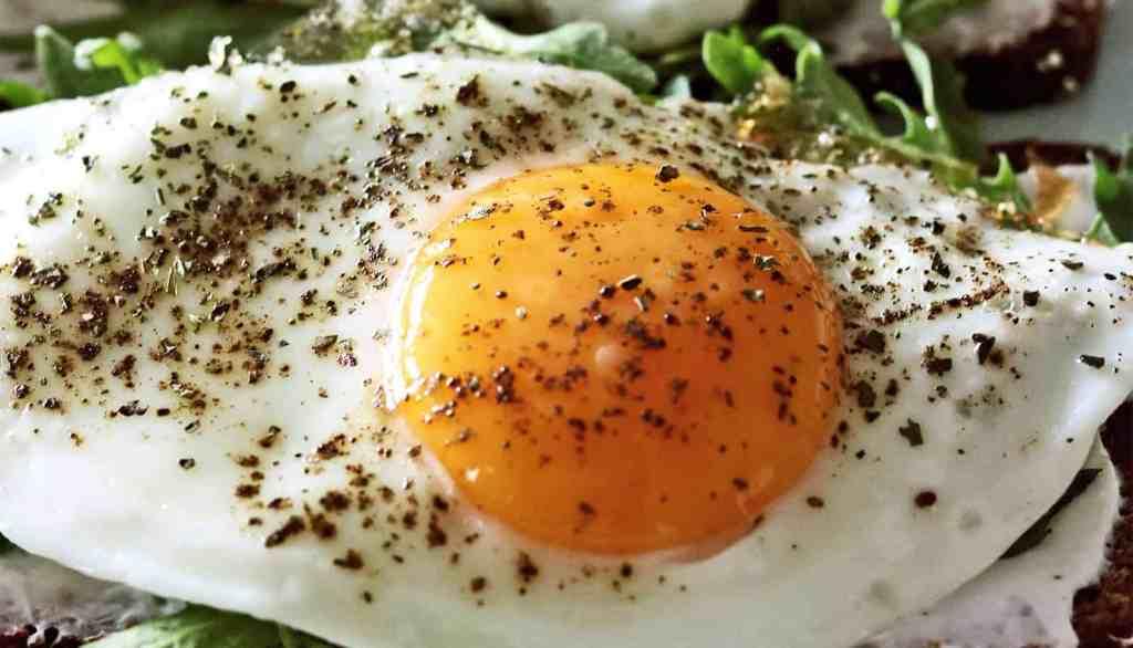 ovo na salada e parar de comer carne