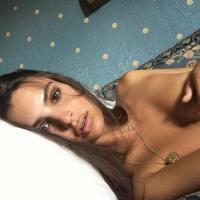 Modelka Emily Ratajkowski opět úplně nahá...