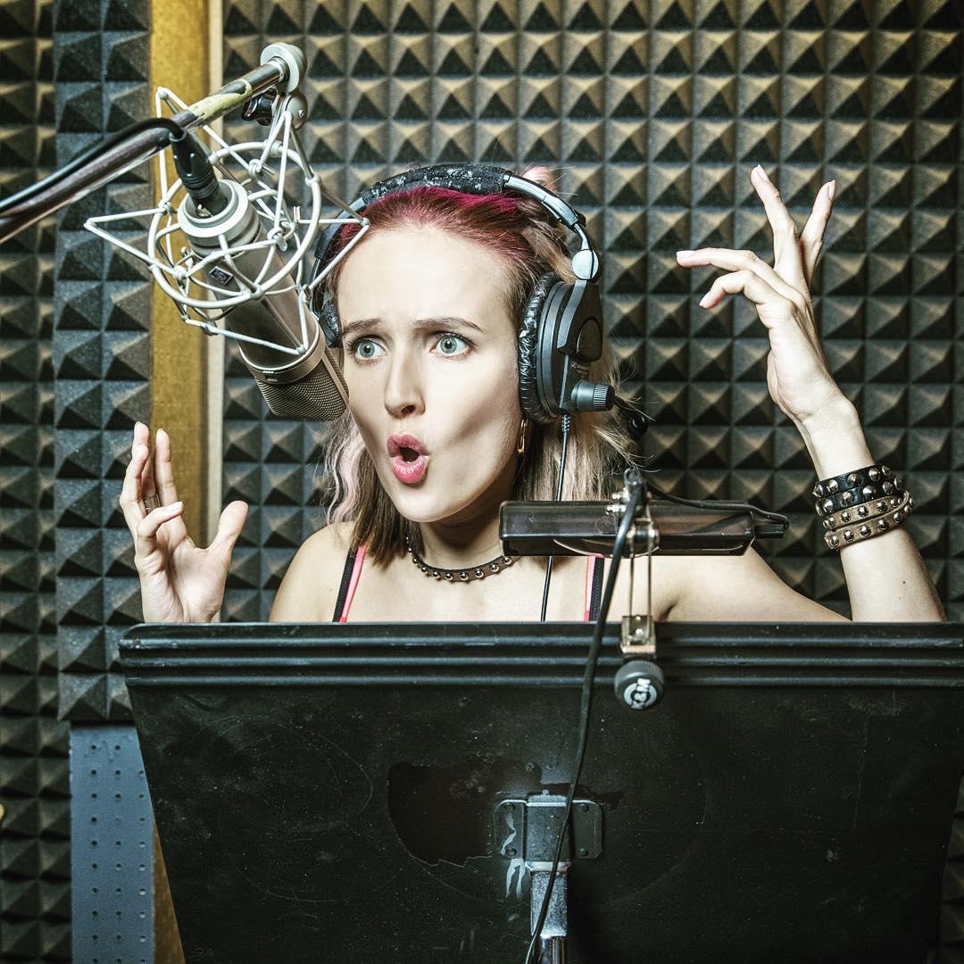 V televizi půjde nový český sitcom, s Terezou Voříškovou a Hynkem Čermákem