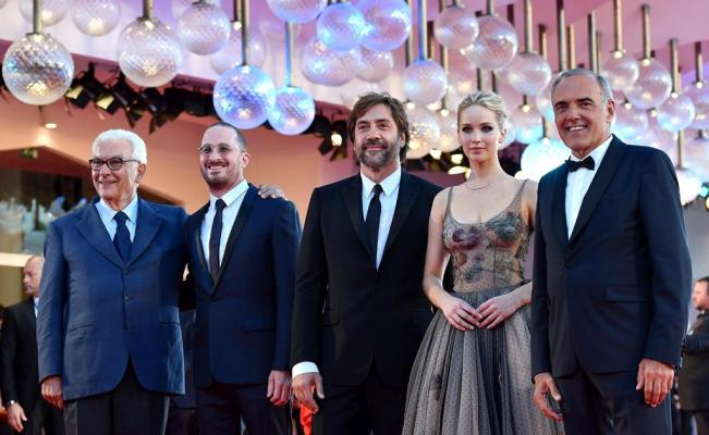mother_darren_aronofsky_javier_bardem_jennifer_lawrence
