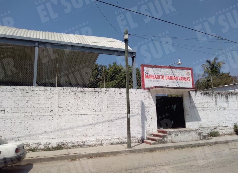 Escuelas Karina Contreras, 210318