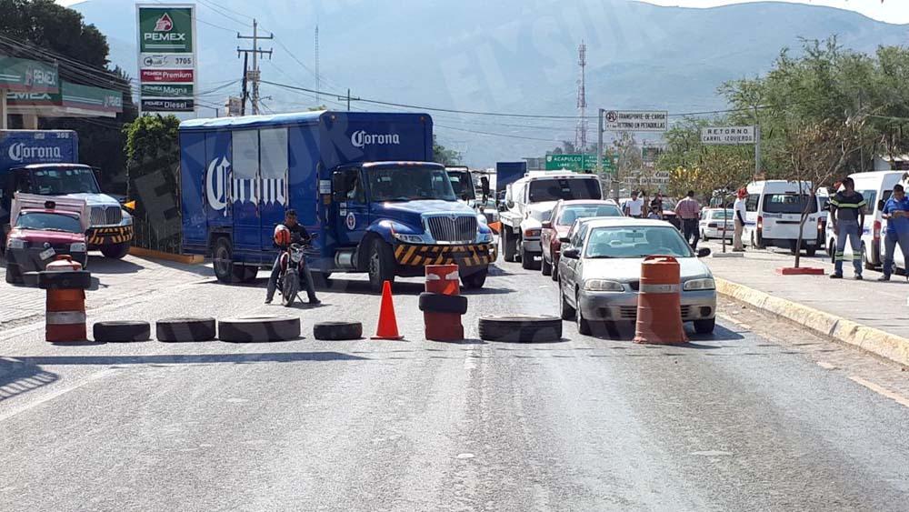 retén en Petaquillas, Jesús Guerrero, 120218