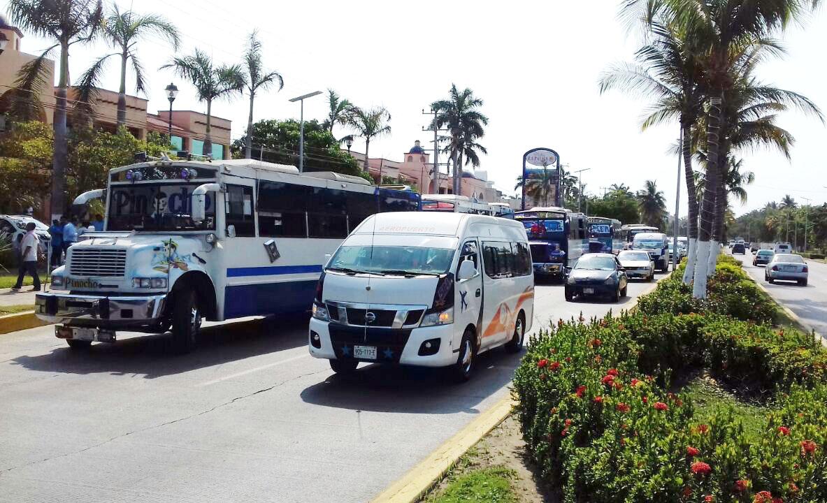Acuerdan con Astudillo reanudar el servicio de camiones en la ...
