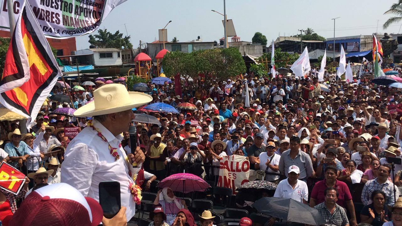 17052018- AMLO en San Marcos, Guerrero. Foto: Jesús Trigo