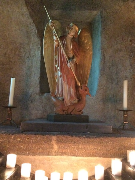Archange Saint Michel d'aiguilhle
