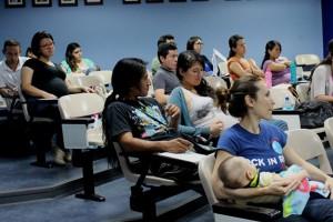 UCR fomenta la lactancia materna como alimento nutricional y emocional