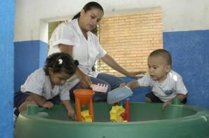 Personal de los centros infantiles de la UCR comparten experiencias