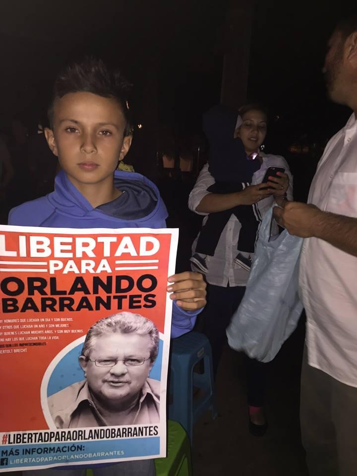 Realizan actividades solicitando la libertad para Orlando Barrantes4