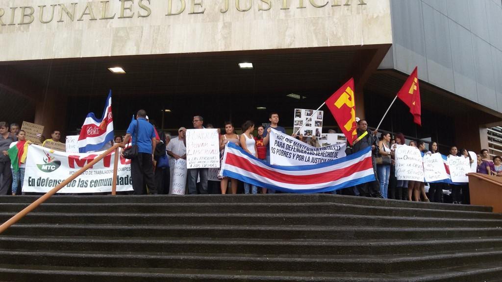 Realizan actividades solicitando la libertad para Orlando Barrantes7