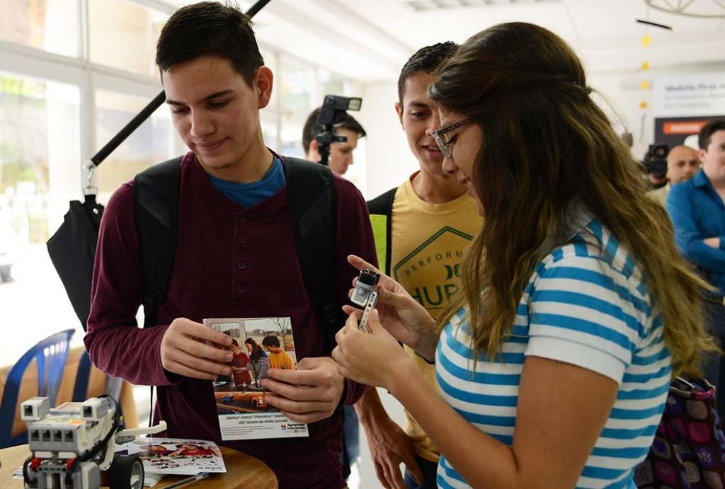 UCR celebro III Feria de Tecnologia2