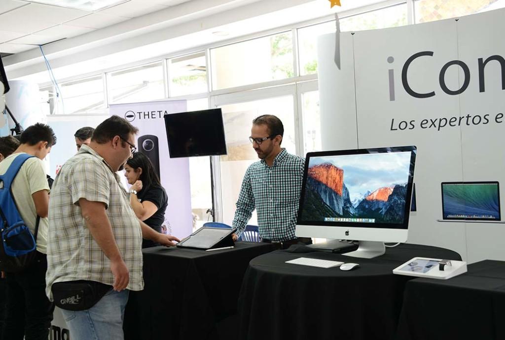 UCR celebro III Feria de Tecnologia4