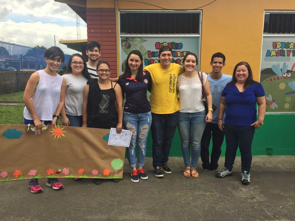 Estudiantes de la UCR ofrecen talleres sobre la tenencia responsable de mascotas2