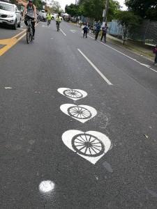 Miles de ciclistas6