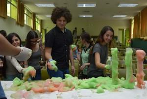 Estudiantes de mas de 200 colegios asisten a la Feria Vocacional de la UCR