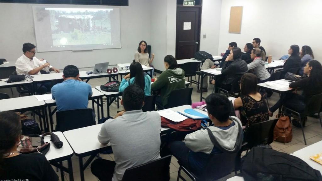 Casa en Tierra Ajena pelicula analizada por estudiantes de EPPS