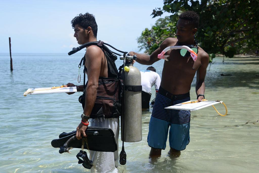 UCR Proyecto busca rescatar historia limonense mediante la arqueologia subacuatica2