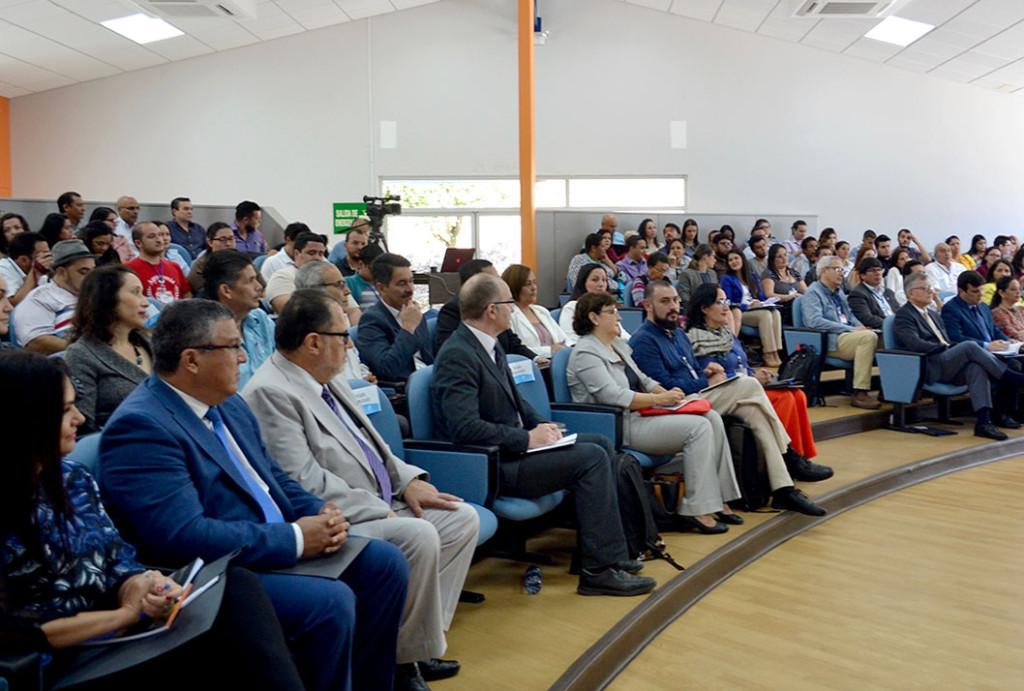 En I Congreso de Regionalizacion de la UCR4