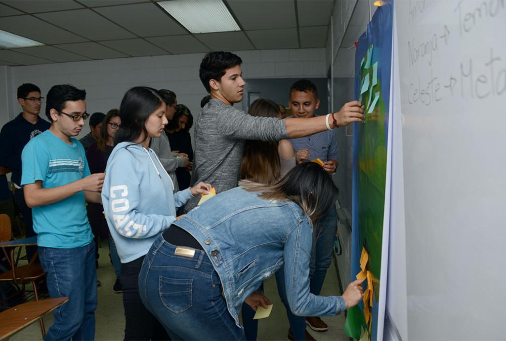 UCR Escuela de Matematica motiva a estudiantes para reducir desercion en Precalculo3