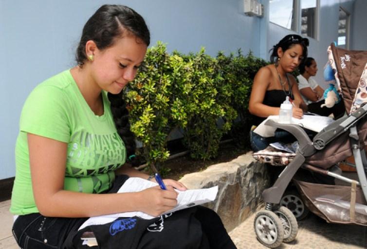 UCR Un 90 5 de graduados universitarios en Costa Rica tienen trabajo2