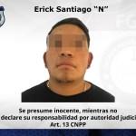 Detienen a hombre con camioneta robada en EdoMex