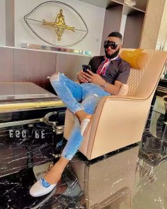 Swankyjerry Defends Toke And Hushpuppi, Says only Poor People Ask How They  Make Money