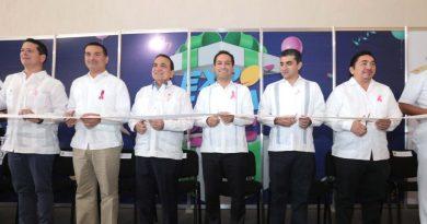 El Gobernador Mauricio Vila Dosal inauguró la edición 20 de la Expo Feria del Comercio