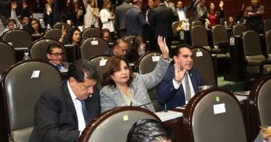 Diputado Jesús Vidal Peniche vota a favor de la Ley Orgánica de la Administración Pública Federal