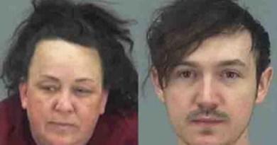 Arrestan a mamá que obligaba a sus hijos a salir en YouTube