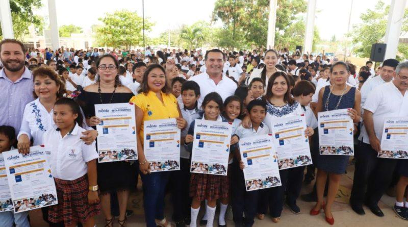 El Ayuntamiento ofrecerá 1,580 nuevas becas económicas de primaria y secundaria para el curso escolar 2019-2020