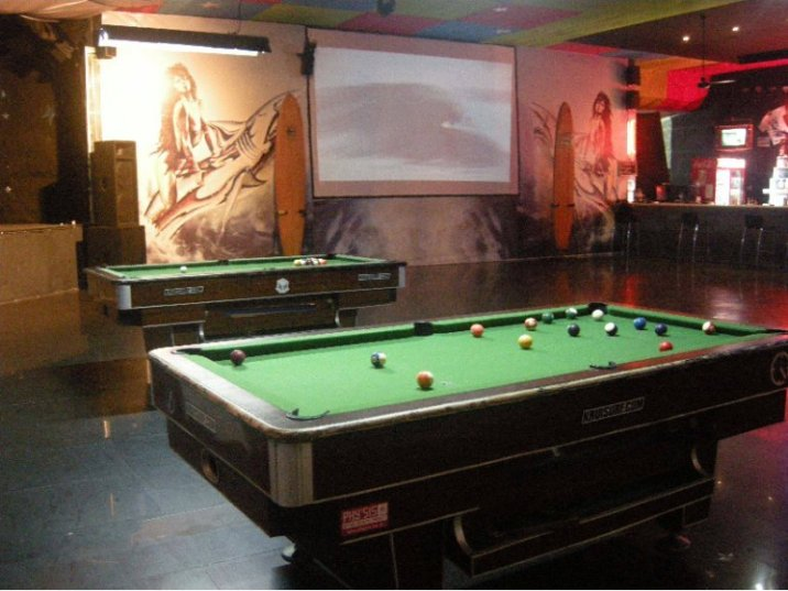 tubes_pool_table-770x578