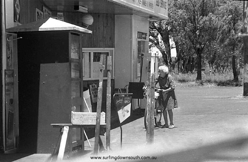 1971 Dunsborough Store - Ric Chan img233.jpg (2)