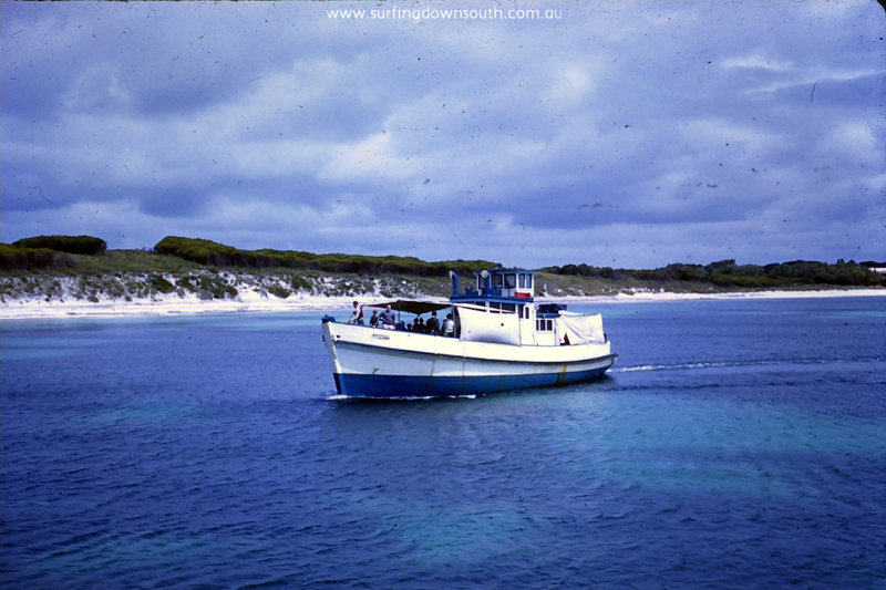 1958-rotto-wandoo-ferry-arriving-don-roper-3rd-from-front-brian-cole-pic-004