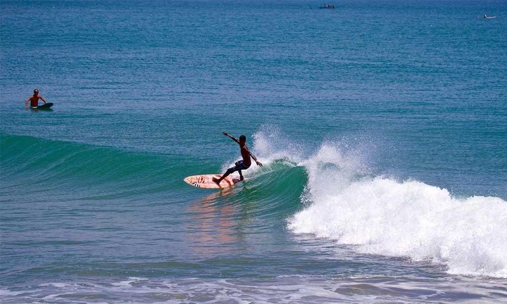 surfing-6-covelong-surf-festival-2014
