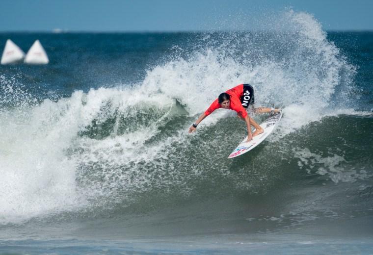 Sofía Mulanovich cerca de conseguir medalla en el ISA World Surfing Games