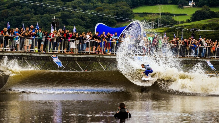 Red Bull Unleashed   World Tour   Surf Park Central
