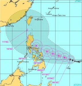 台風6号ノウルの進路