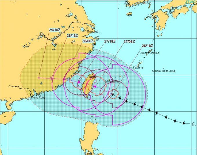 台風17号台湾直撃