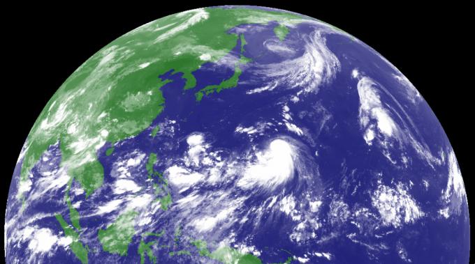 台風13号サンサン