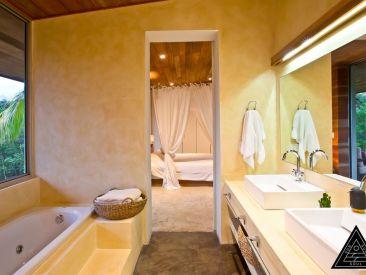 PVEV bathroom
