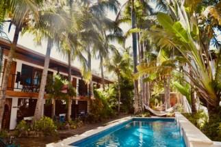 marejada pool scene