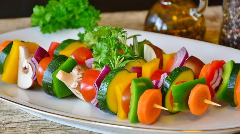 шашлык из свежих овощей
