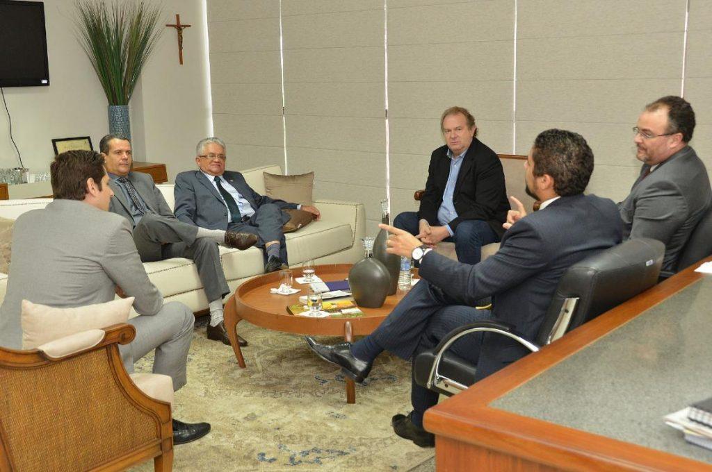 Presidente do Tribunal de Justiça busca apoio para concluir Fórum de Araguaína