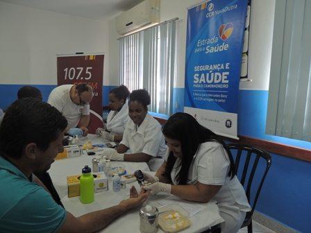 Exames gratuitos de Saúde para caminhoneiros na Via Dutra, em Resende (RJ)