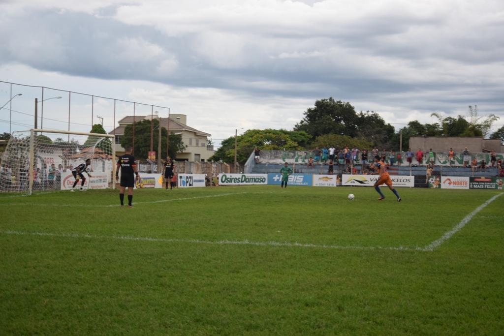 Central Tocantinense de Paraíso vence nos penaltys o Juventus e está nas semifinais do Amador