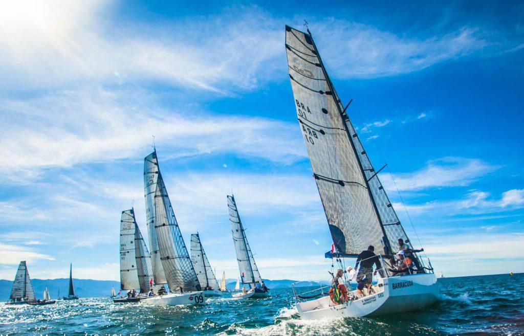 """Classe C30 inicia """"Warm Up"""" para Semana de Vela de Ilhabela"""