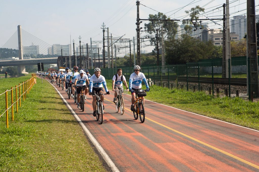 Shimano inicia atendimento gratuito aos ciclistas na Ciclovia do Rio Pinheiros